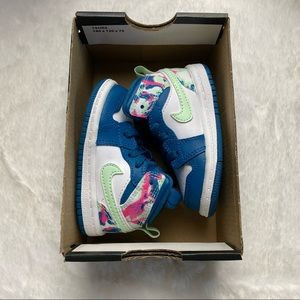 Air Jordan 1 Mid Green Abyss Frosted Spruce